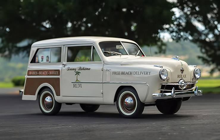 1952 Crosley Model CD station wagon