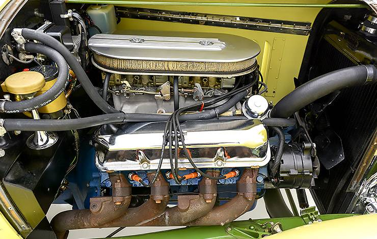 427-cubic-inch Ford V-8 in Roger Sports Prototype