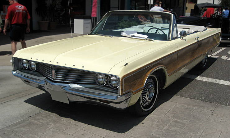 1968 Chrysler Newport Convertible with Sports Grain Option three quarter front