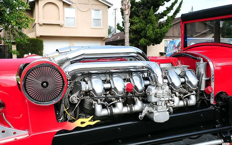 Rodzilla 29 liter 1,400 hp twin-turbocharged tank engine