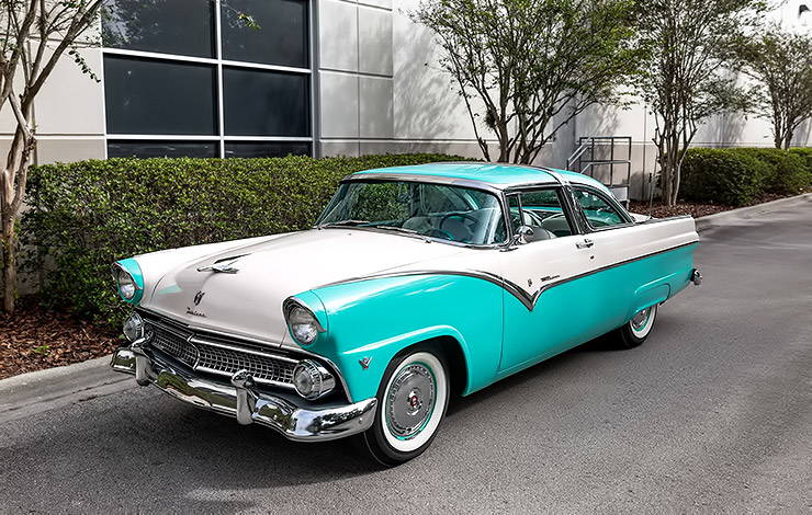 1955 Ford Fairlane Crown Victoria front left side