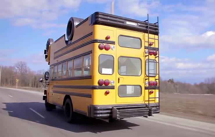 Turvy Topsy Bus rear end