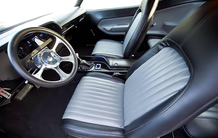 1973 Plymouth 'Cuda Blackend interior